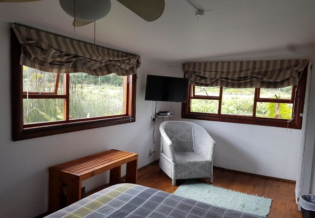 Unit 1 - 4 Sleeper Log Cabin