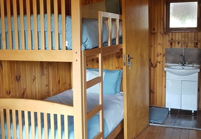 Unit 2 - 4 Sleeper Log Cabin