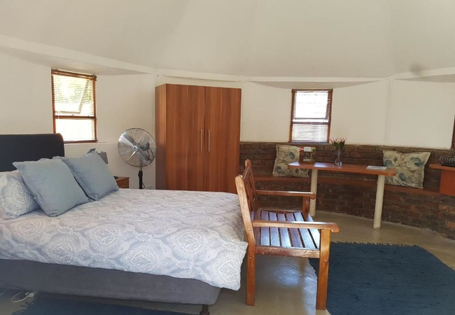 Unit 4 - Luxury 2 Sleeper Cabin