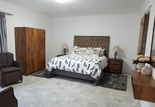 Unit 7 - Luxury 3 Sleeper Log Cabin