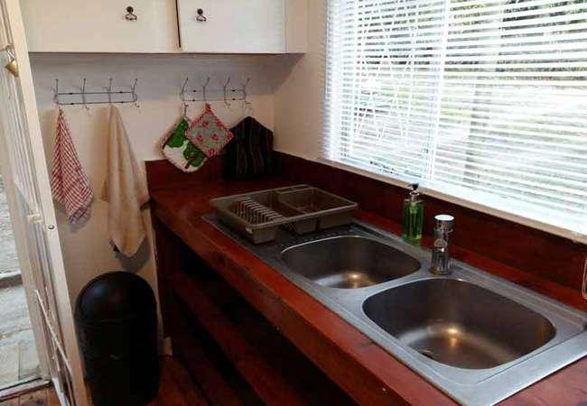 Mountain Dew Cottage kitchen