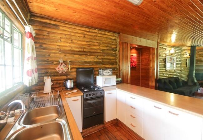 Kingfisher Log Cabin
