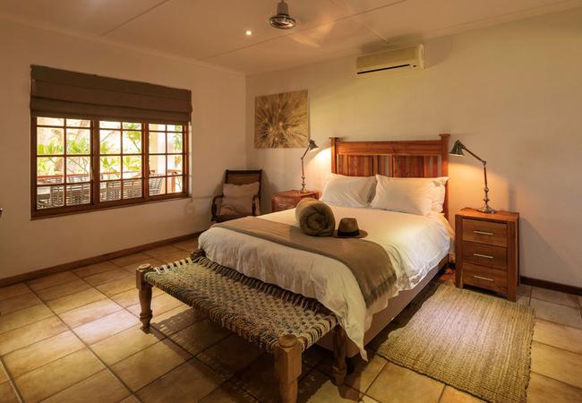Kareeboom House