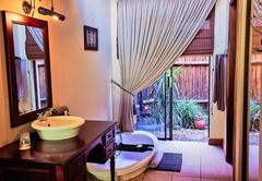 Mpongo River Lodge - Deluxe room