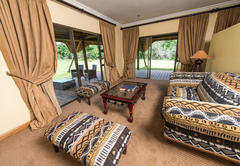 Mpongo River Lodge - River Lodge Suite