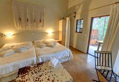 Luxury Suite 5