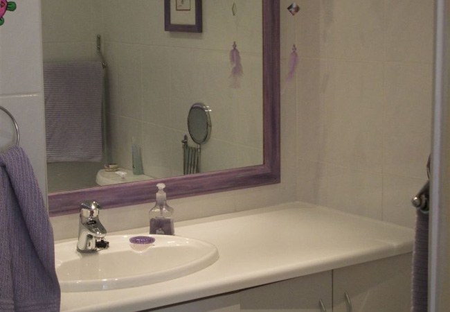 Lazy Lavender bathroom
