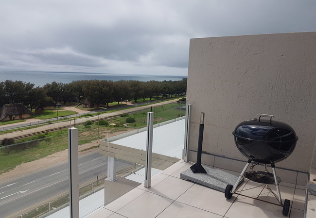Balcony and weber