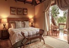 Luxury Family Suite with Balcony