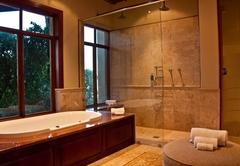 Lodge Suite - Bathroom