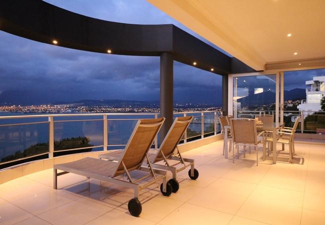 Oceana Views Vacation Home