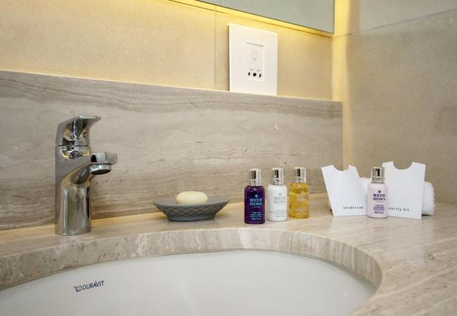 Luxurious guest amenities