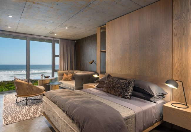 Luxury Beach Front Suite 3