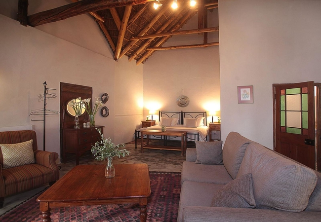 Old Village Trader Suite