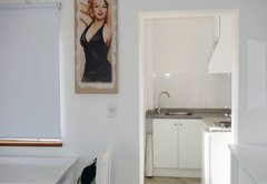 Marilyn unit kitchen