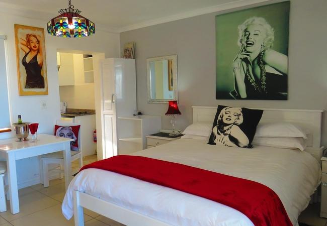 Marilyn unit patio area