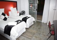 Oppi Hoek Guesthouse