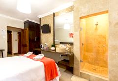 Luxury Double/Triple Room