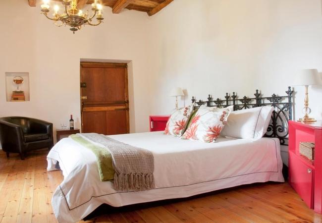 Queen Bed Room 3