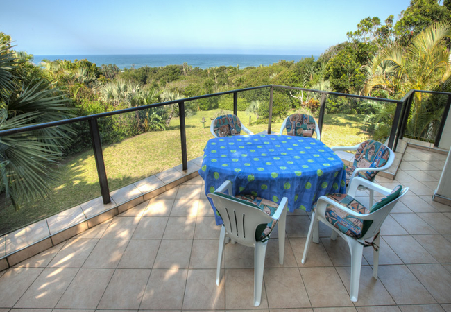 Balcony with view to the Indian Ocean