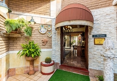 Palm Lodge Guesthouse