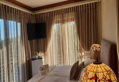 Oyster Luxury Suite