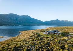 Perivoli Lagoon House