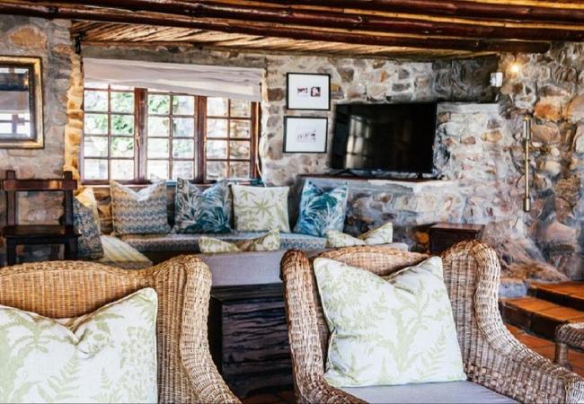 Twin / King Room - Bathroom