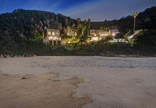 Honeymoon living room