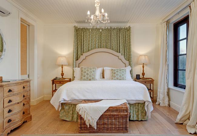 Main Castle Bathroom