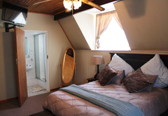 Pinedew Guesthouse