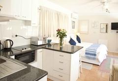Studio unit /Cottage 1
