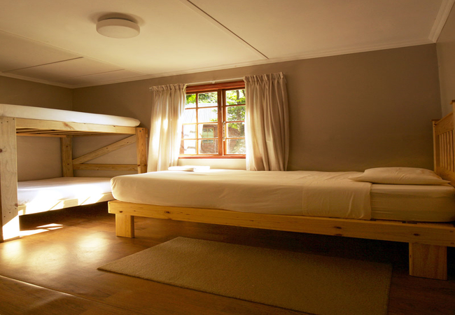 4/5 self-catering second bedroom