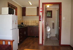 4/5 sleeper self-catering lounge, kitchen