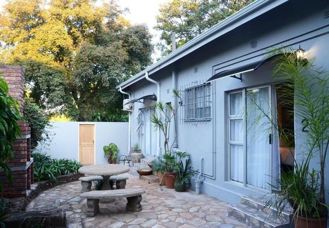 Courtyard with braai area
