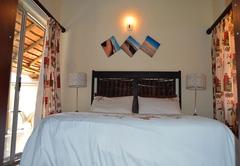 Khulekani Room