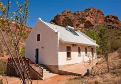 Red Rock Cottage