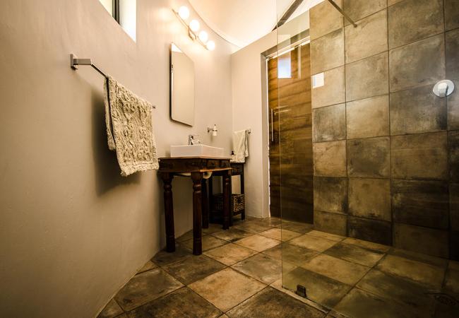 Kasteelberg Cottage - Bathroom