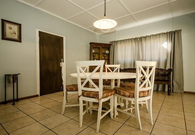 Obiqua House