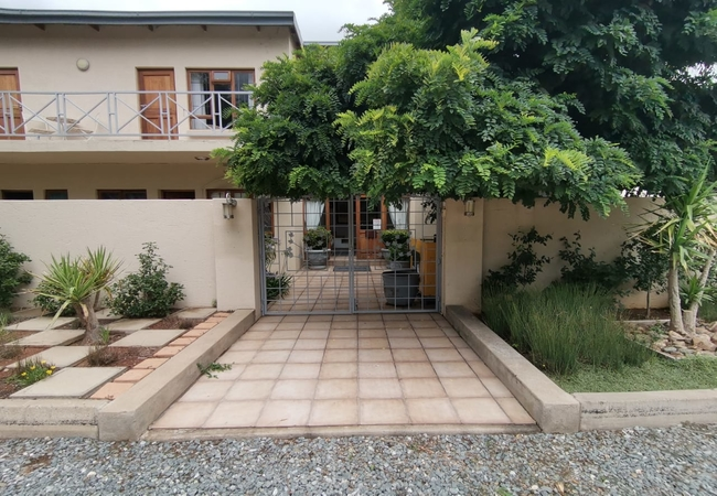 Rene\'s Guesthouse