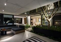 Restio River House