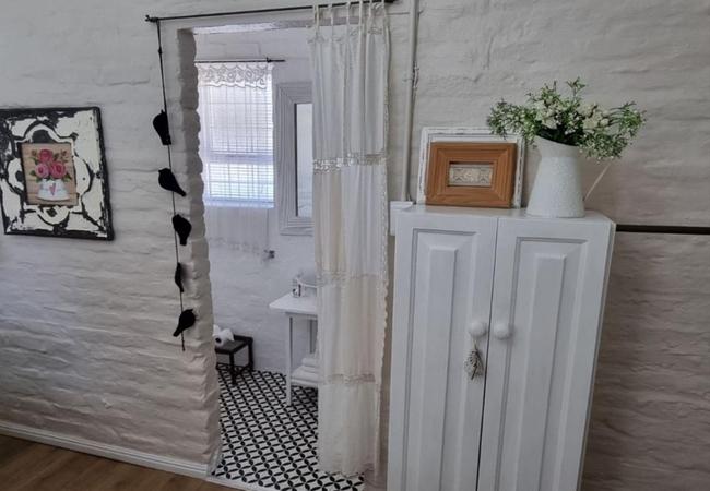 Vinkie (Finch) Room