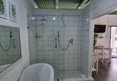 Suikerbekkie (Hummingbird) Room