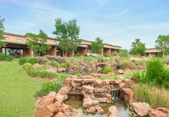Riverstone Lodge