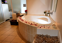 Spa bath honeymoon suite