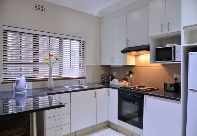 Full kitchen in Superior room