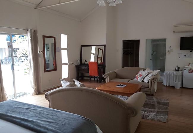 1. Executive Family Room