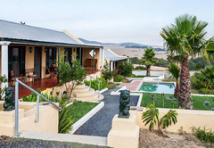 Holiday Cottage in Northern Suburbs