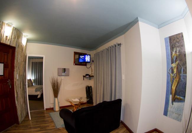 Cetecea Suite Living