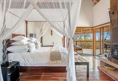 Royal Madikwe Luxury Safari Lodge